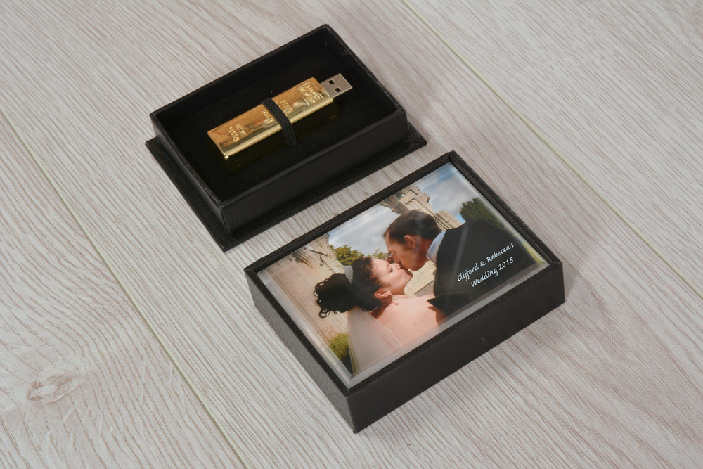 WeddingPresBox&USB.jpg