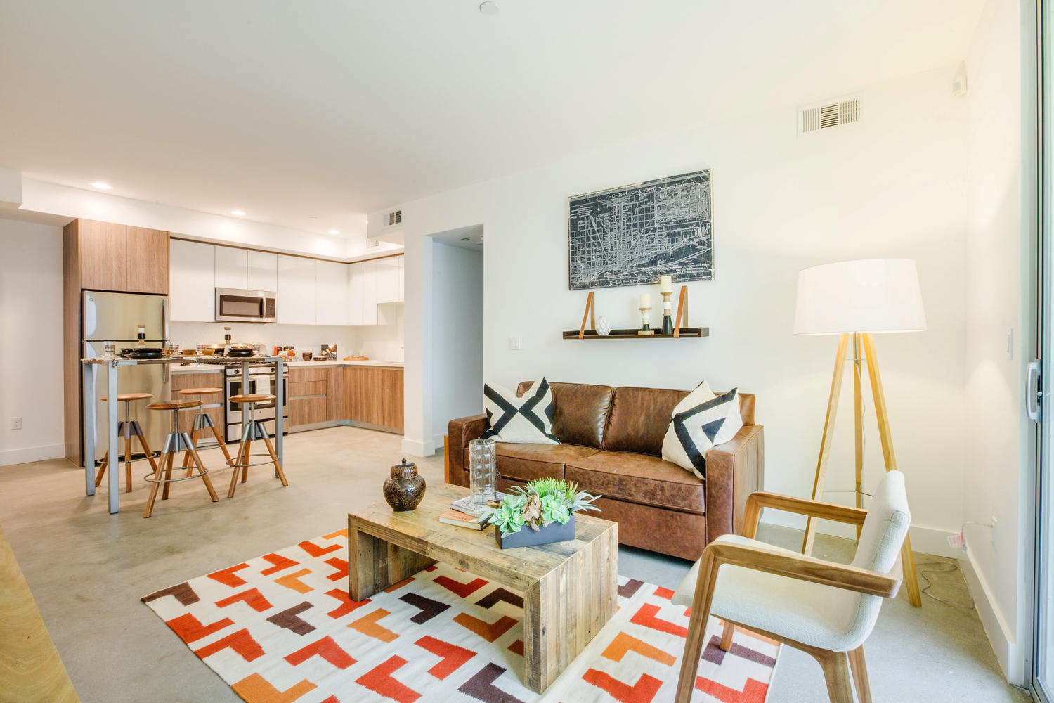 Silver Lake Apartments | HoM at TempleHom At Temple | Silver Lake ...