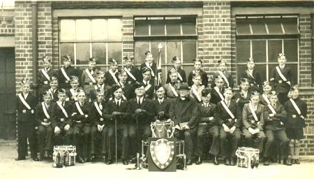 BOYS BRIGADE  1939 APROX                                                                                                                   PHOTO THANKS TO LINDA DANIELS (NEE DOE)      EMAIL:LADAN@BLUEYONDER.CO.UK