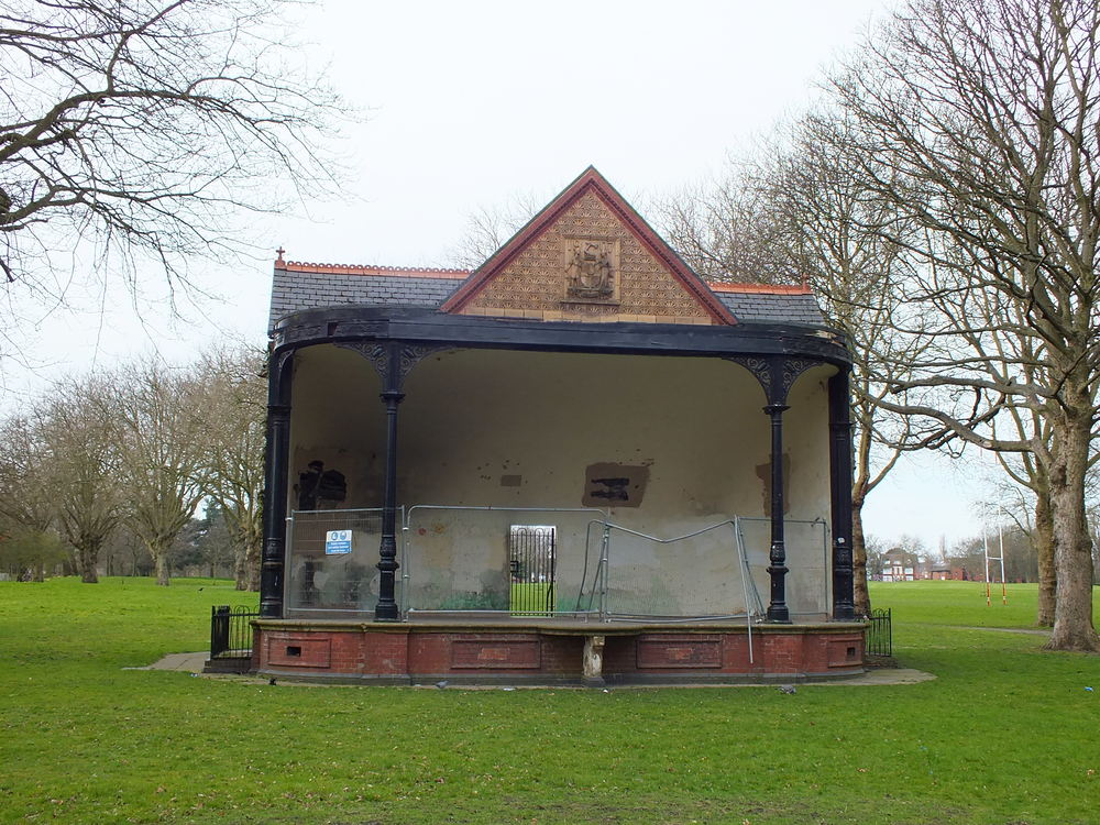 BANDSTAND SUMMERFIELD PARK MAY 2015