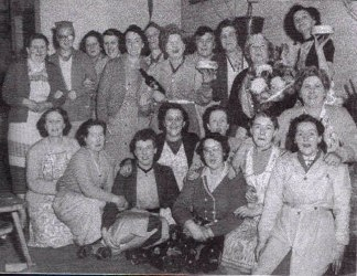 Group of workers from Rowlands Electrical Assesories Ltd ( THE R.E.A.L.) Devonshire Sreeet 1958