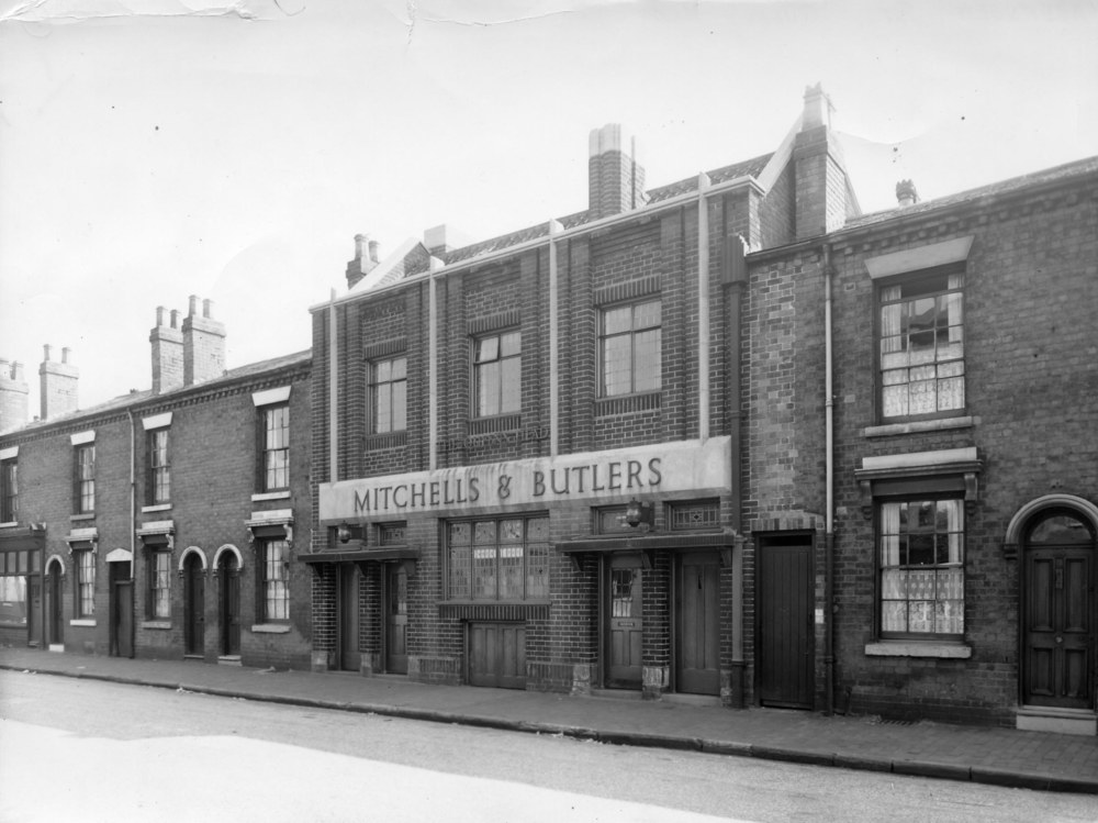 Winson Green 1.02 Queen's Head Aberdeen Street M&B 15-6-1955.jpg