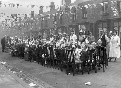 Coronation street party PRESTON ROAD 1937 George V1 and Queen Elizabeth (Queens Mother)