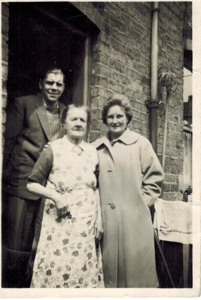 Bill and his mother Florence outside the house in Leopold Terrace. The lady on the right is Ada Higgs, the wife of Bill's brother Ernie. Ada was the daughter of the well known Ladywood bookie Bill Cunnington.