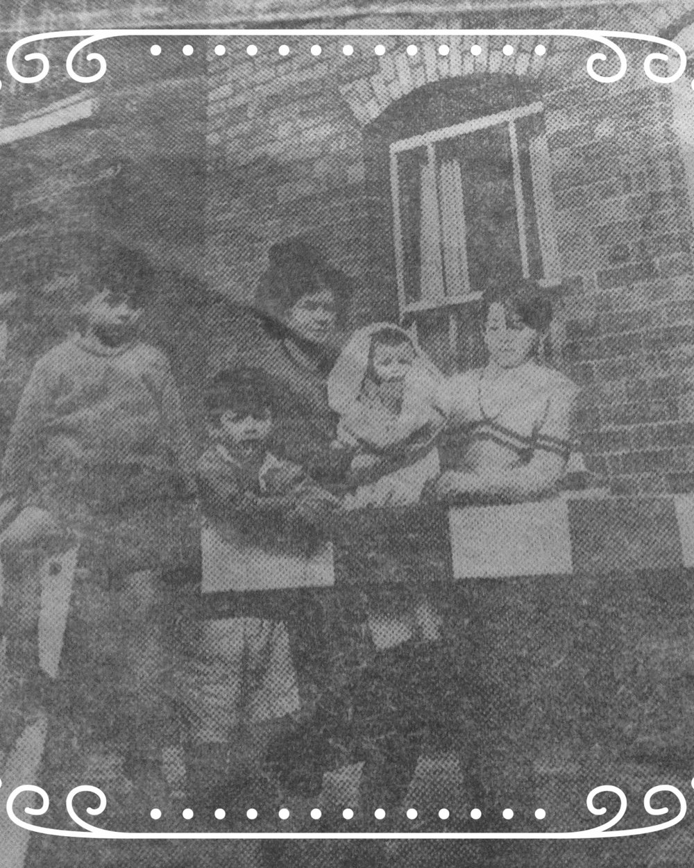 HOUSE OF FEAR 68 PEEL STREET.  (cutting from the Birmingham Mail )