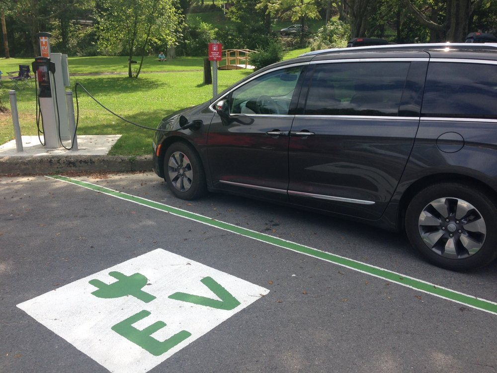 EV Charging Station at Taughannock Falls State Park (Photo: Karim Beers)