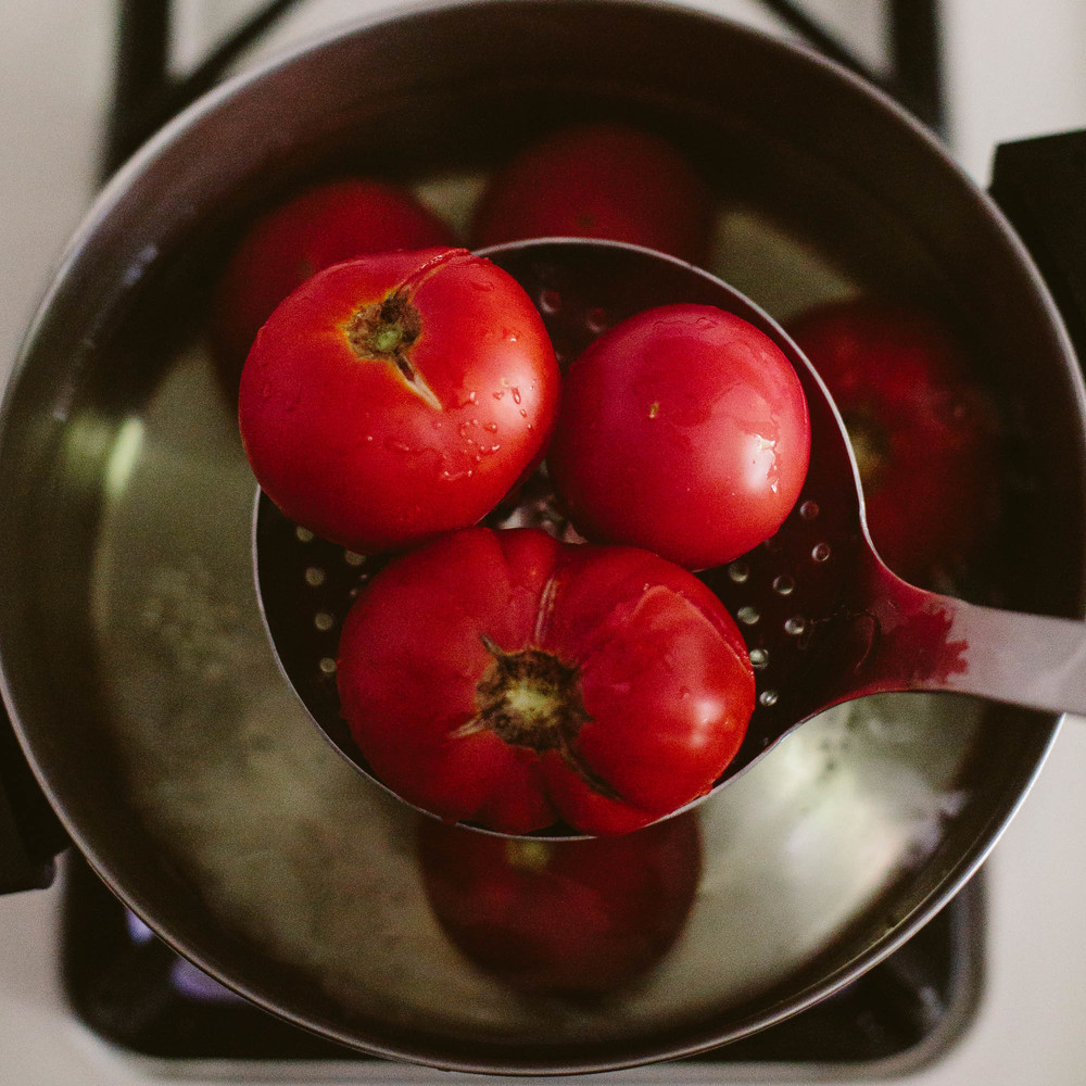 tomato_-2.jpg