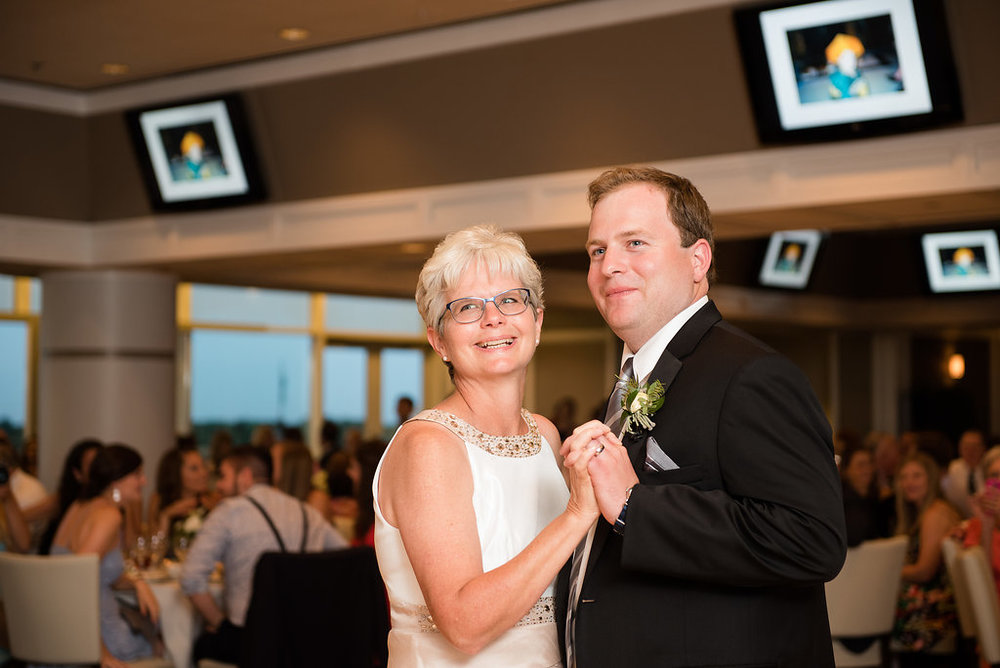 havilandevents-arlingtonracetrackwedding