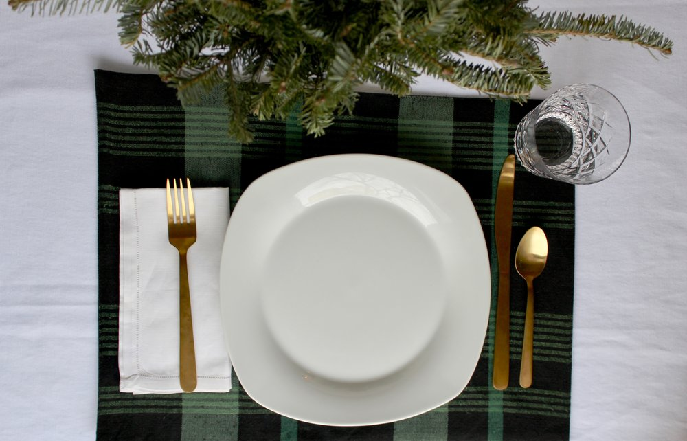 Black and Green Plaid Christmas Tablescape