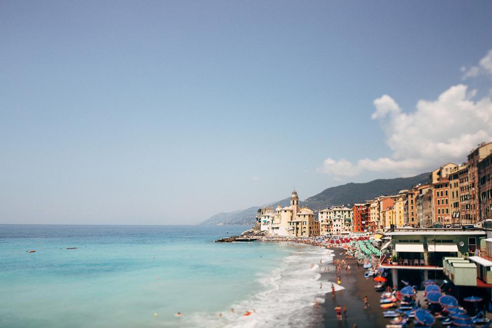 camogli-engagement-beach.jpg