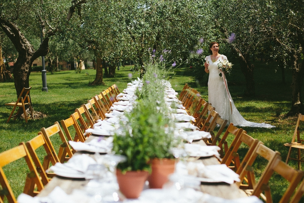 wedding-table-bride.jpg