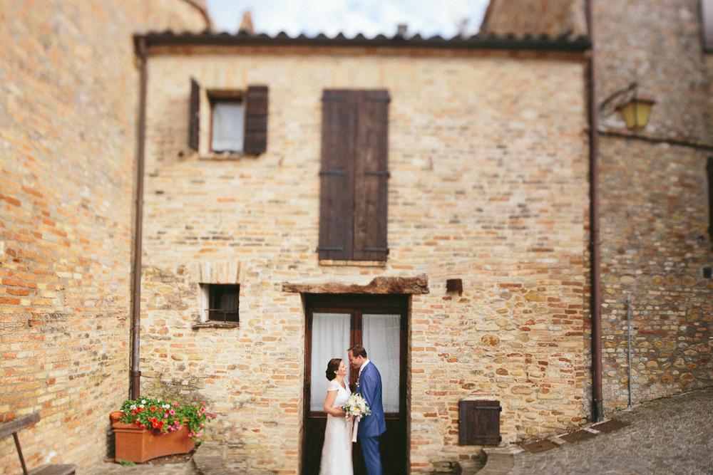 bride-groom-montegridolfo.jpg