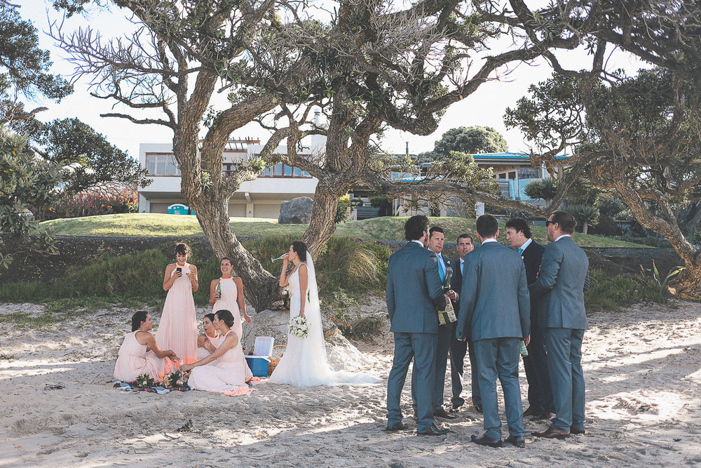 beach-bridal-party.jpg