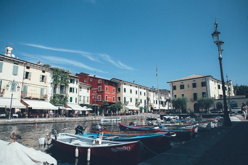 lazise-harbour.jpg