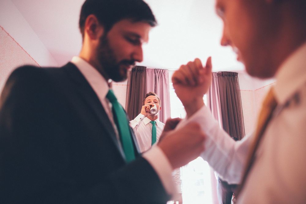 groomsmen-beer.jpg