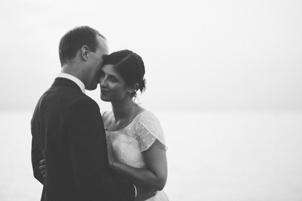 black-and-white-bride-groom.jpg