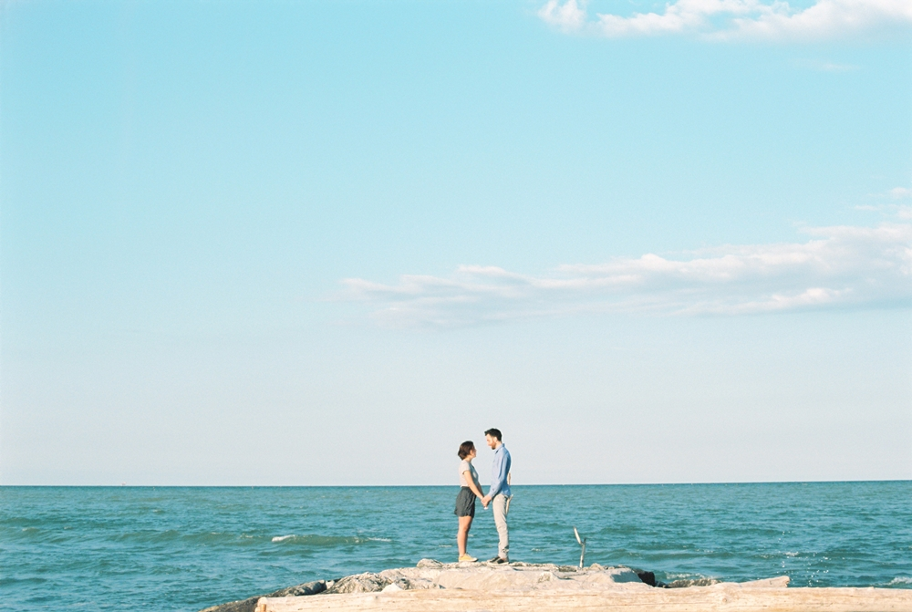 film-couple-sea.jpg