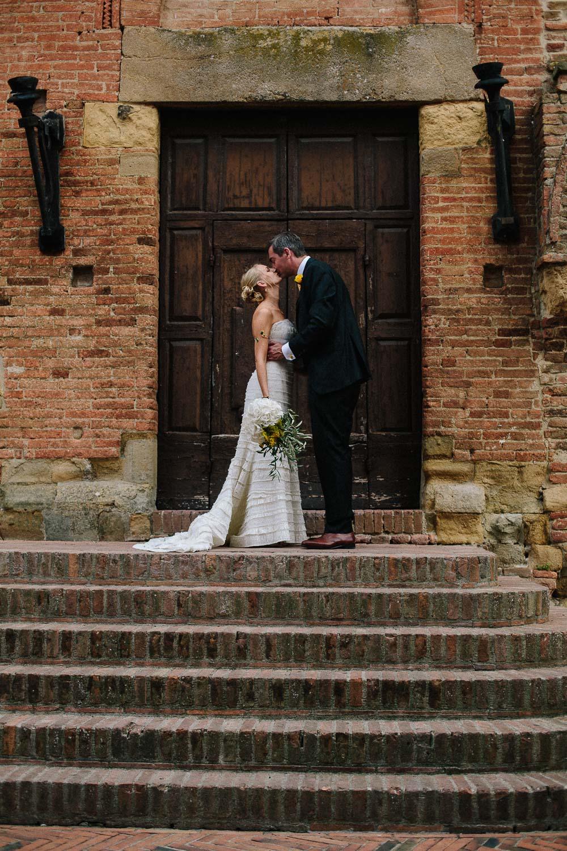 94-bride-groom-certaldo-tuscany.jpg