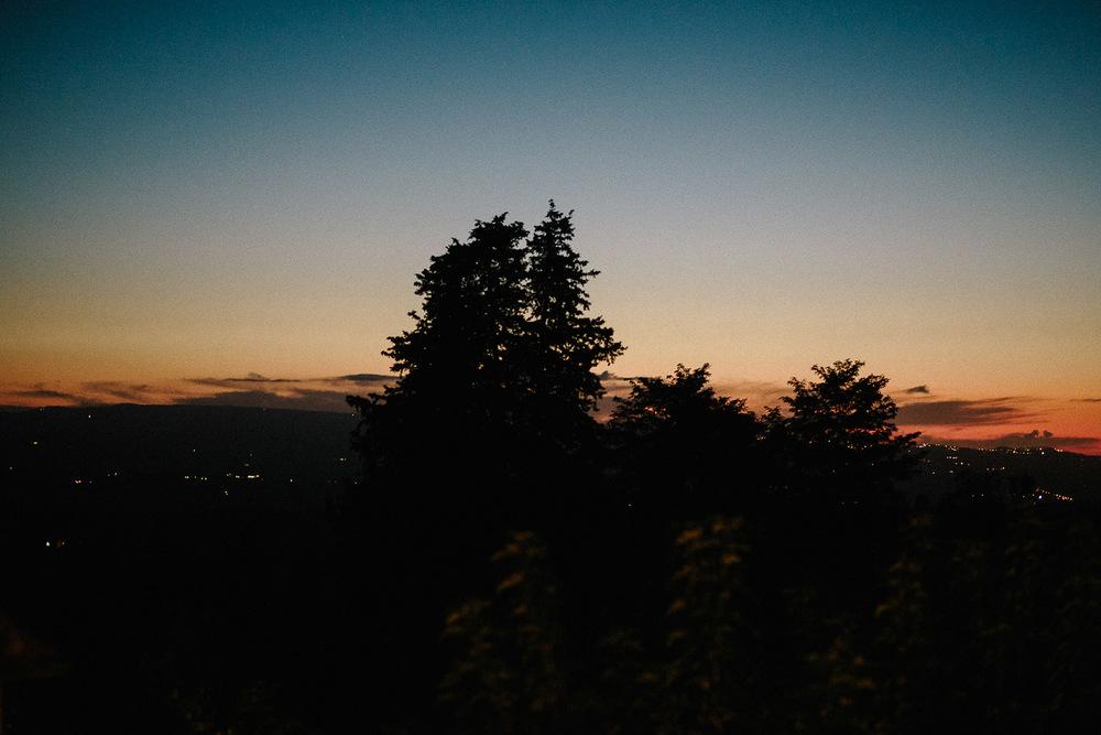 141-tuscany-sunset-borgo-petrognano.jpg