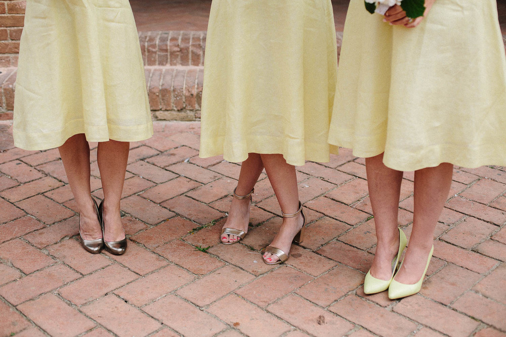 64-bridesmaids-in-certaldo.jpg