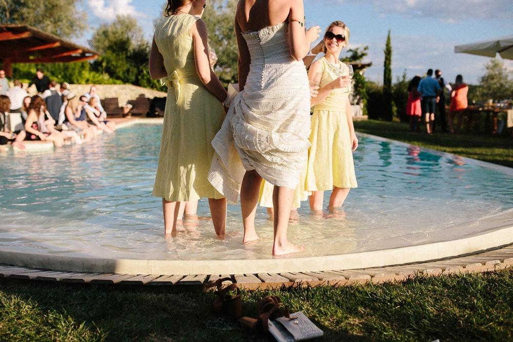 127-borgo-petrognano-bride-pool.jpg