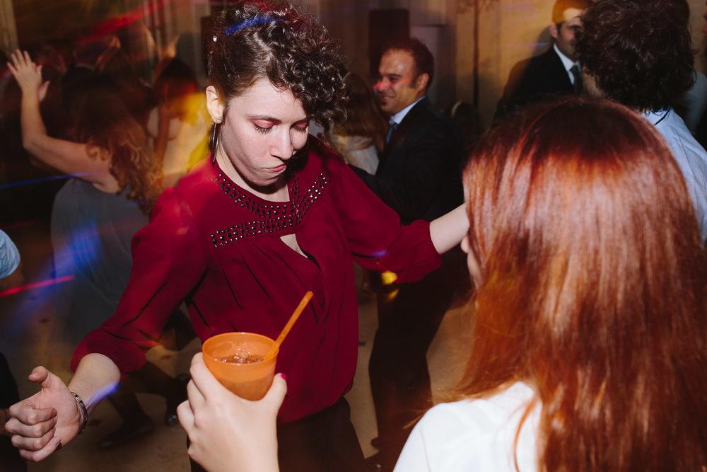 101-guests-dancing.jpg