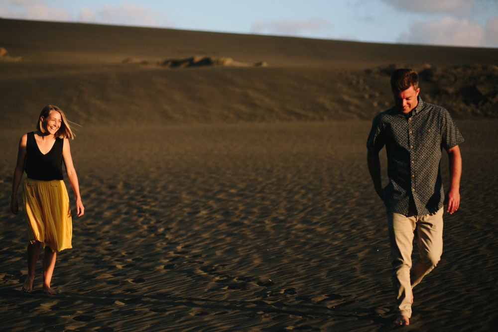 engagement bethells beach - new zealand (13).jpg