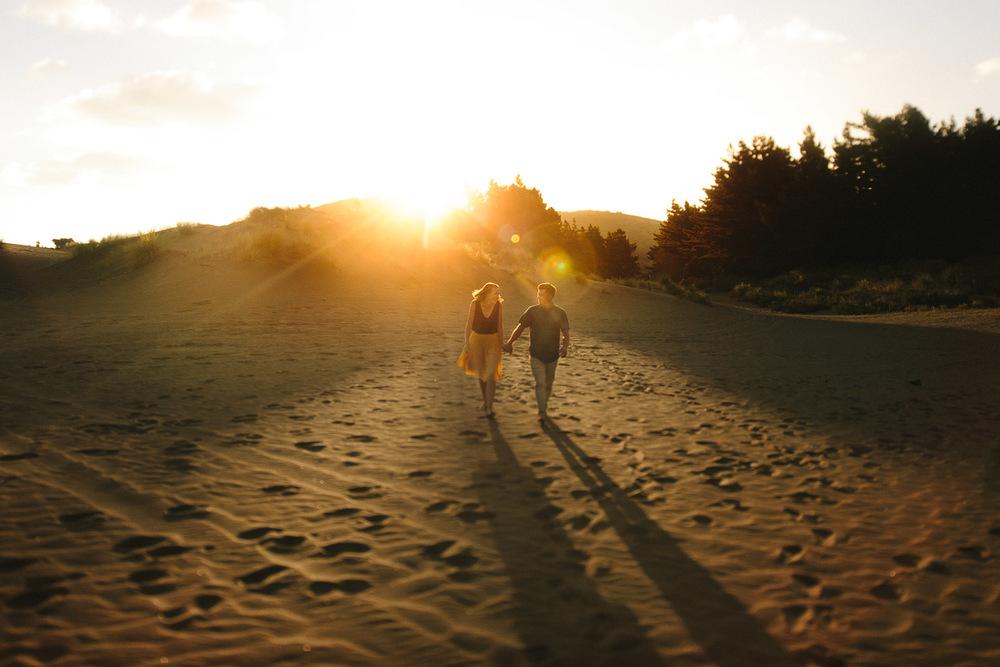 engagement bethells beach - new zealand (9).jpg