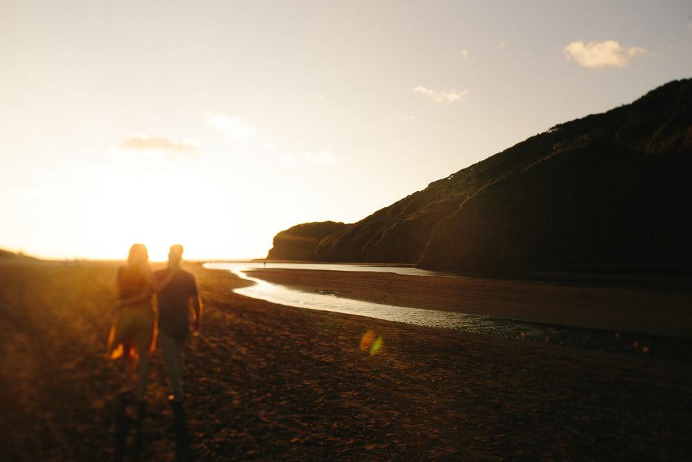 engagement bethells beach - new zealand (19).jpg