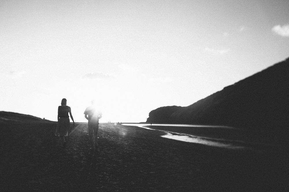 engagement bethells beach - new zealand (21).jpg