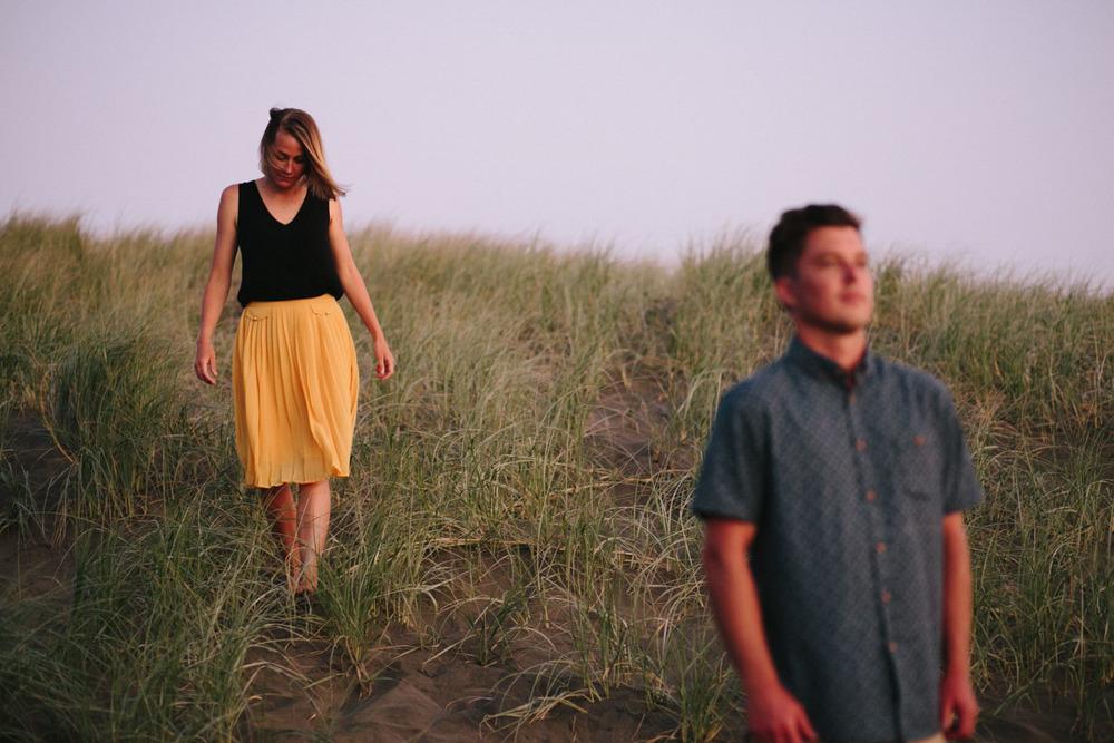 engagement bethells beach - new zealand (60).jpg