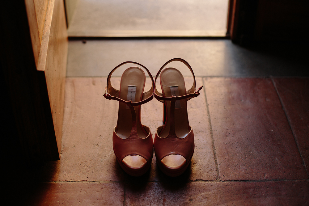 -bride-shoes-stop-motion-wedding-italy.jpg