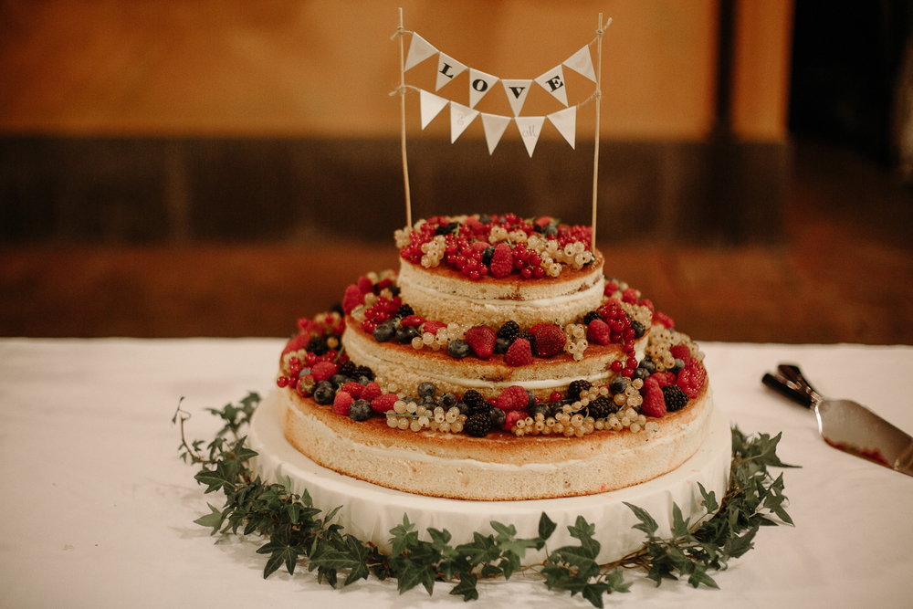 wedding-cake-in-italy.jpg