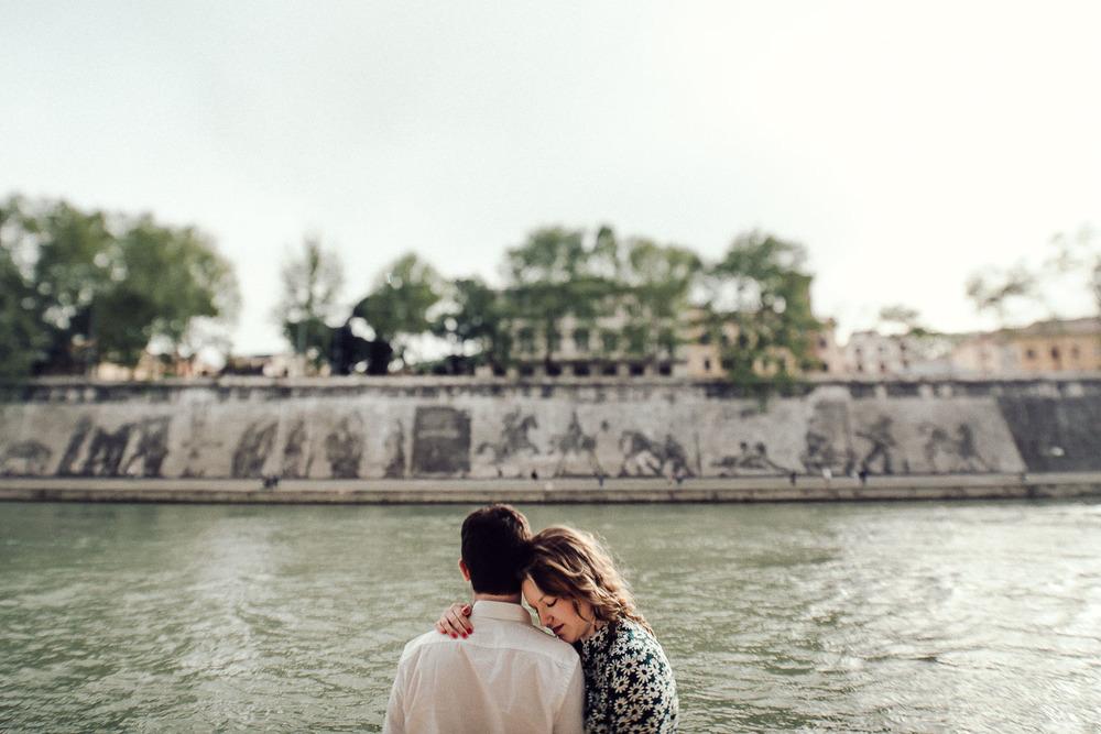 24-rome-couple-in-love.jpg
