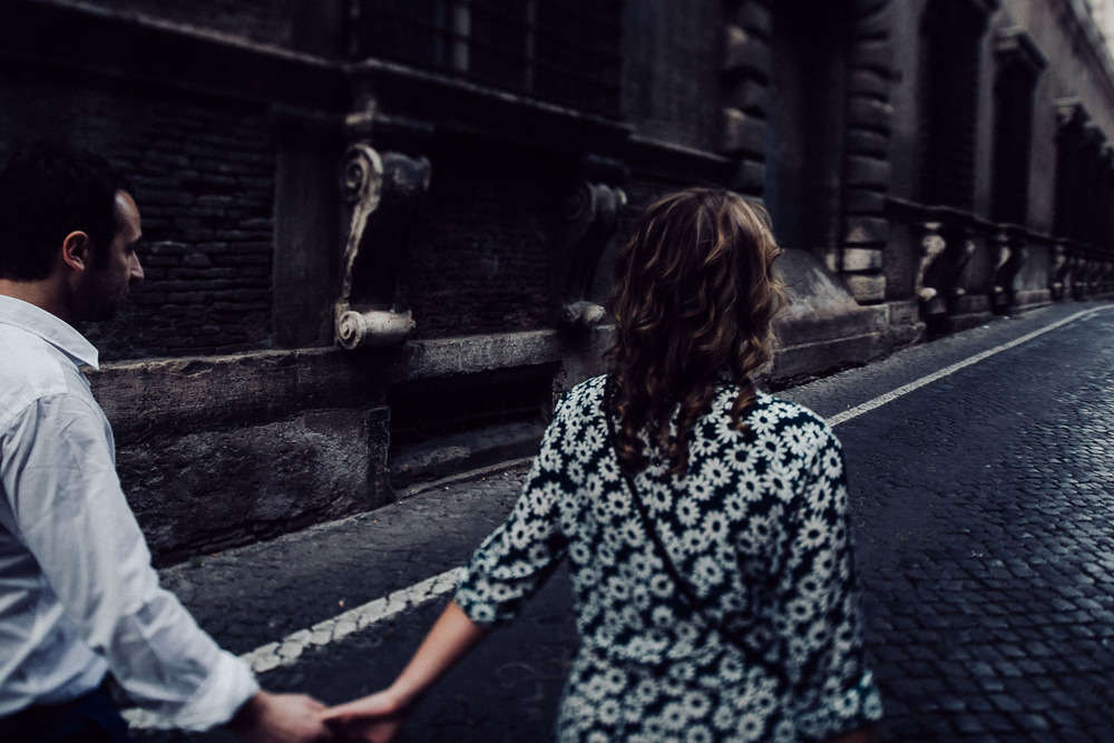 43-couple-in-rome.jpg
