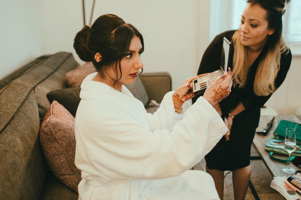 indian-bride-getting-ready (7).jpg