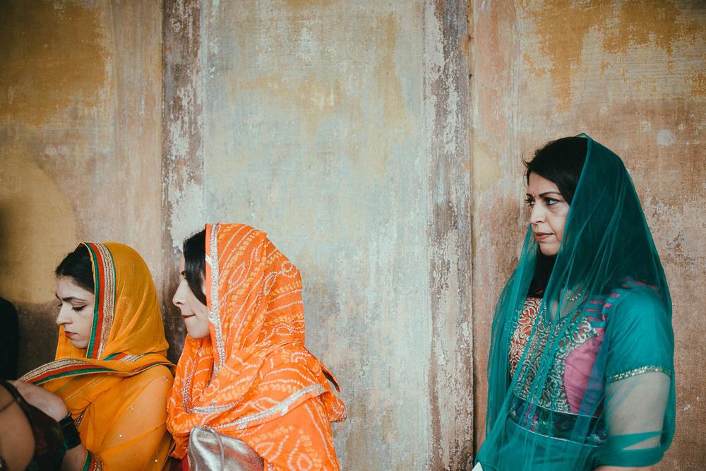 como-lake-indian-wedding (13).jpg