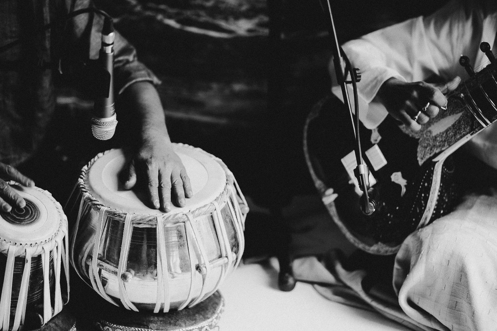 indian-musicians-como-lake-wedding (3).jpg