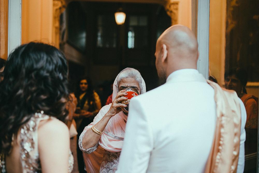 como-lake-indian-wedding (56).jpg