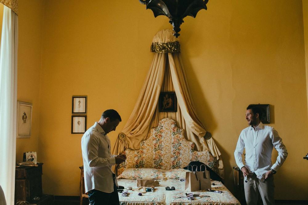destiantion-wedding-in-tuscany-getting-ready (17).jpg