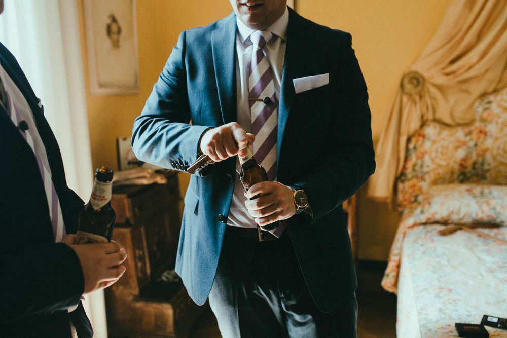 destiantion-wedding-in-tuscany-getting-ready (23).jpg