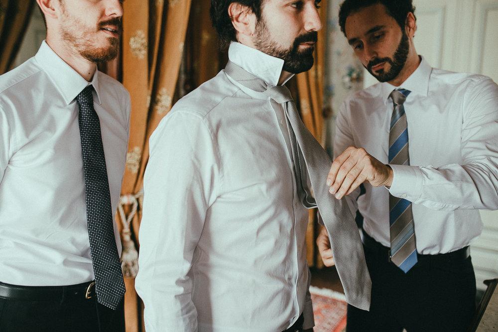 31-groom-tie-bestman.jpg