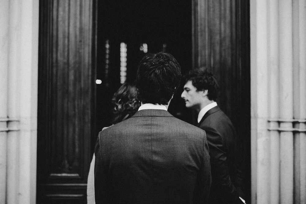 48-groom-waiting-for-the-bride.jpg