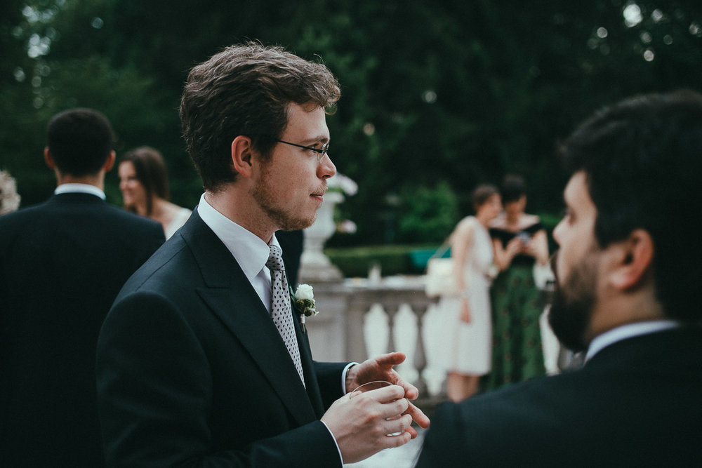 80-wedding-guest.jpg