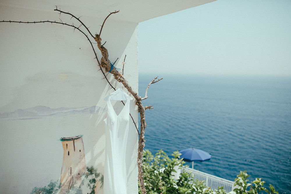 bride-dress-amalfi-coast (2).jpg