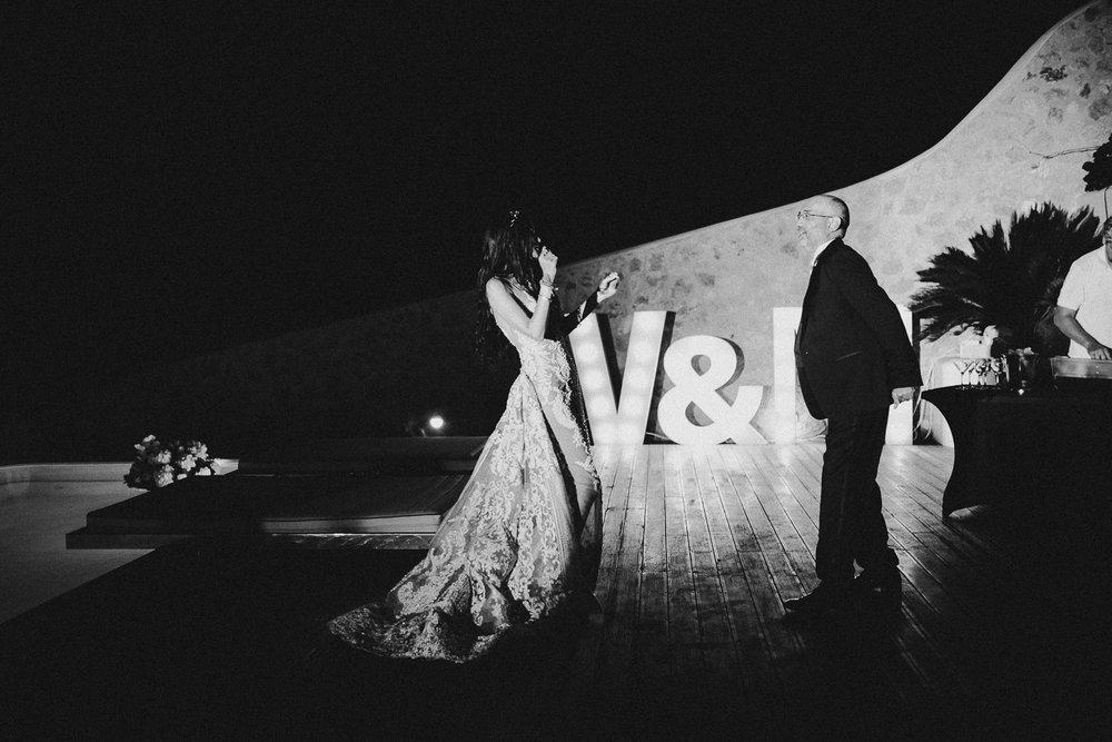 santorini-wedding-photographer (6).jpg