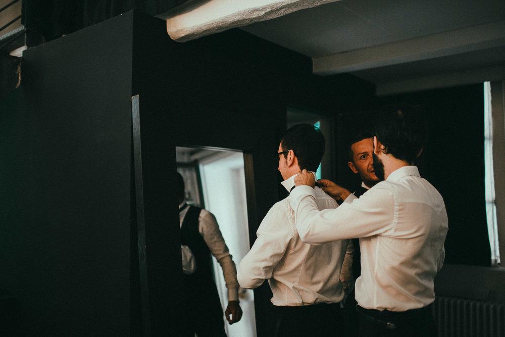 groom-getting-ready (11).jpg