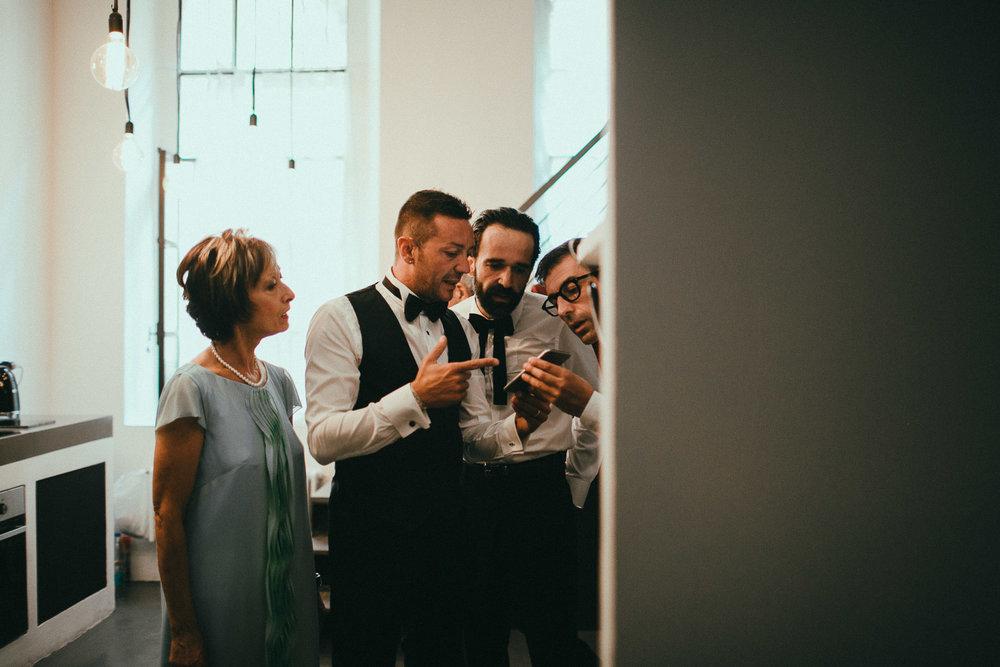 groom-getting-ready (12).jpg