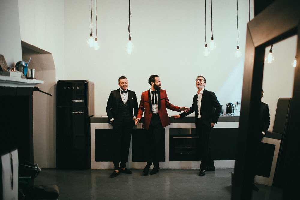 groom-getting-ready (15).jpg