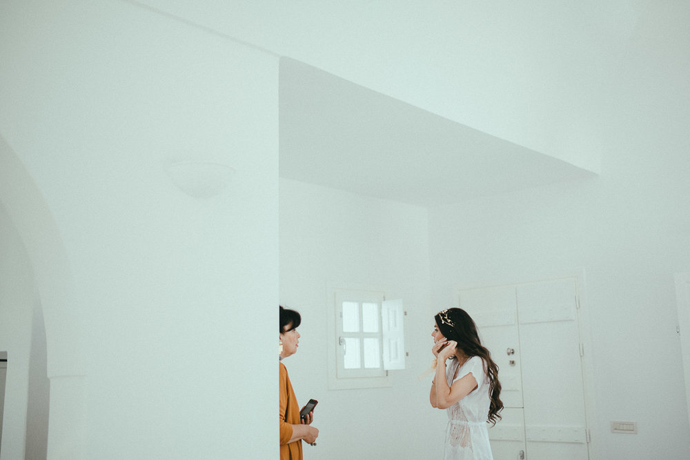 santorini-wedding-photographer (17).jpg